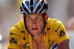 Lance Armstrong weer op de fiets voor benefietwedstrijd