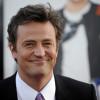 Seksfilmpje knalt door luidsprekers: Matthew Perry doodbeschaamd