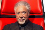 Tom Jones wil DNA-test ondergaan