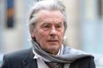 Alain Delon renonce au Bal de l'Opéra pour raisons de santé