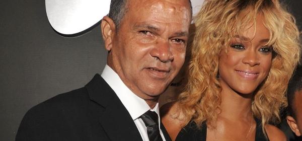 Rihanna koopt vader huis van 1,6 miljoen dollar