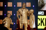 David Beckham en zonen onder het slijm op Kids' Choice Sports Awards