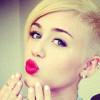 Miley Cyrus met en garde contre les méfaits des réseaux sociaux
