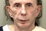 Phil Spector affaibli et vieilli sur une photo de prison