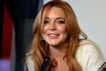 Lindsay Lohan vergeet tekst tijdens première van haar toneelstuk